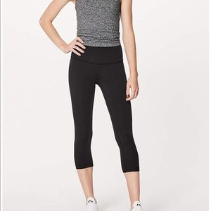 Lululemon Black Crop Legging